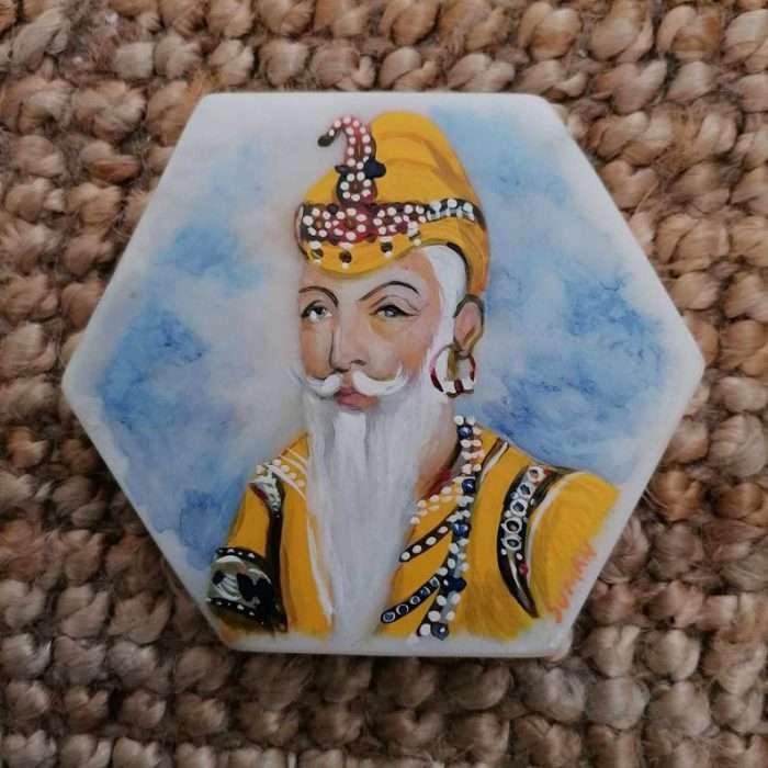 SK29 10 x 10 cm Acrylic on marble. £150.00
